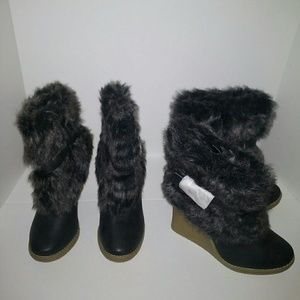 Qupid Faux Fur Ankle Boots